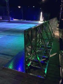 stage_barrier1.jpg
